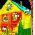 Haus-Dämmung. Wärmeabstrahlung einer schlecht gedämmten Außenwand. Foto: Lutz Weidner