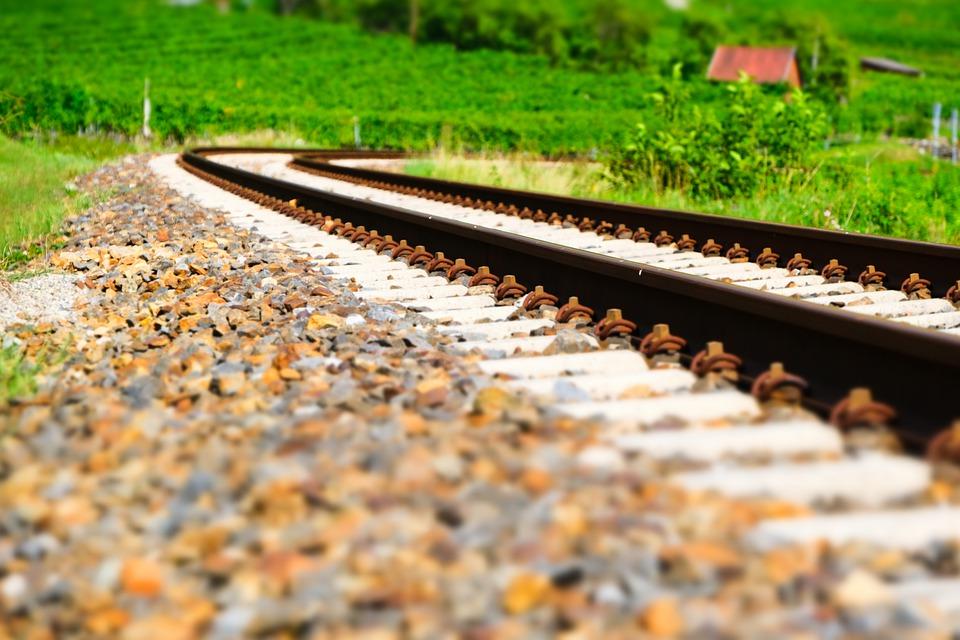 MdB Thomas Hitschler (SPD): Wichtige Positivsignale für verbesserten Schienenverkehr in der Südpfalz