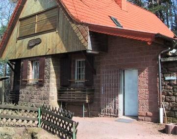 Appell an die Landesregierung:Hütten- und Gaststättenkultur im Pfälzerwald ermöglichen. Selbstbedienung erlauben