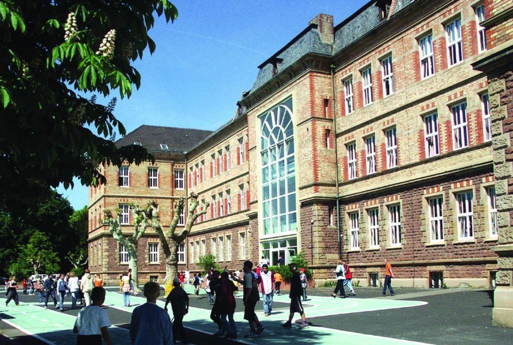 Guter Start ins Leben.Pfalzinstitut für Hören und Kommunikation (PIH) verabschiedet Schulabgänger