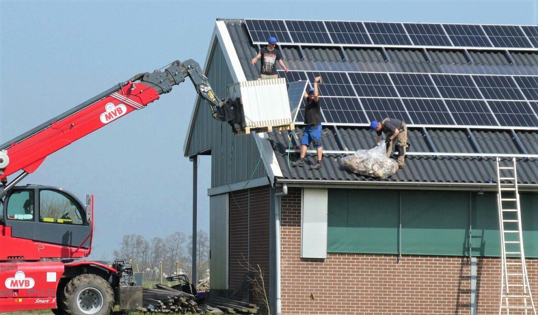Landesregierung will Solaranlagen-Pflicht für Betriebe