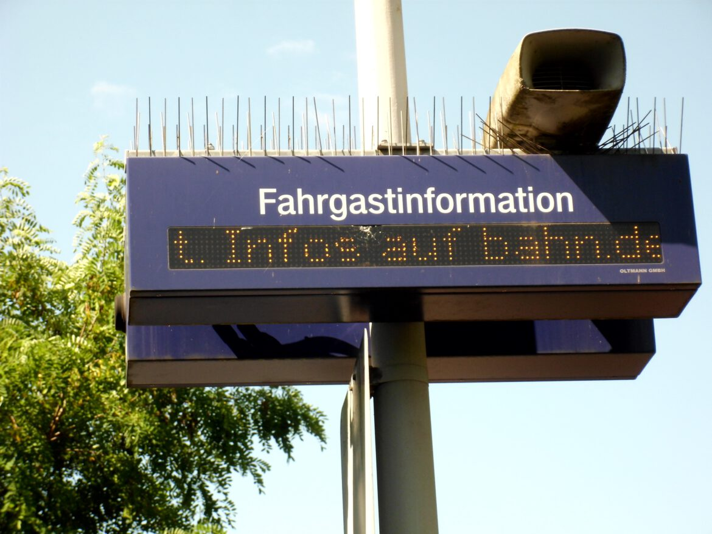 Bahn wird wieder bestreikt.Kaum Fahrgast-Service außerhalb der Ballungszentren