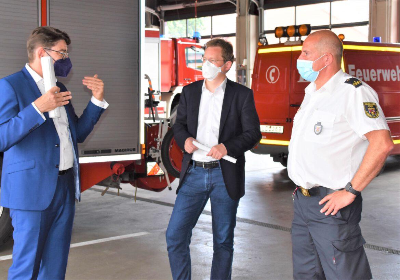 Freiwillige Feuerwehren im Katastrophenfall.