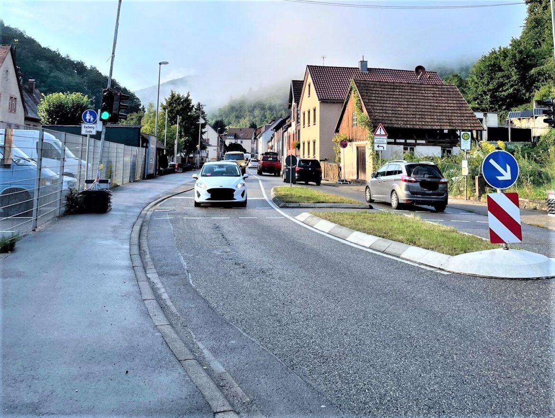 Erhebliche Verkehrsbelastung in Annweiler-Sarnstall.Forderung nach Unterstützung für effektive verkehrsreduzierende Maßnahmen