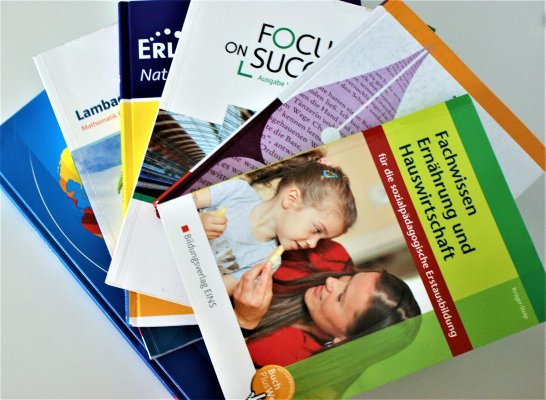 SÜW-Schulbuchausleihe: Ausgabe der Schulbücher in der letzten Ferienwoche