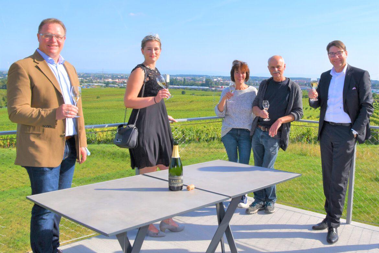 Bio-Weingut Sauer mit neuer Vinothek in Nußdorf.Auch spanische Weine aus eigenem Anbau