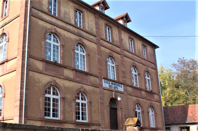 Kooperation mit École Municipale des Arts in Wissembourg. Kreismusikschule SÜW bietet bilingualen Ballettkurs an