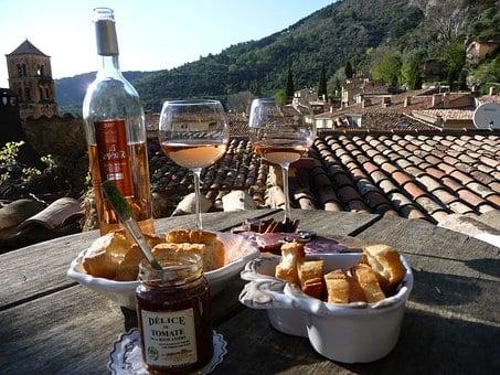 Rosé-Wein: Kitsch oder Kult?Folge 3/3: Was tranken die alten Römer und Griechen?