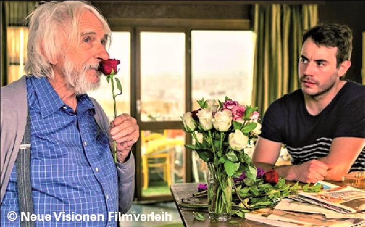 MONSIEUR PIERRE GEHT ONLINE.Kostenfreies Filmangebot für Senioren
