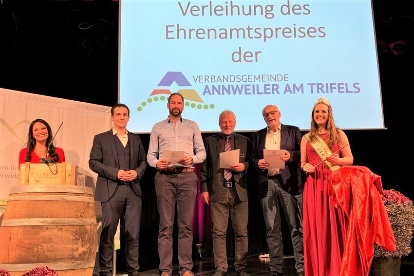 Verbandsgemeinde Annweiler verleiht erstmals Ehrenamtspreis